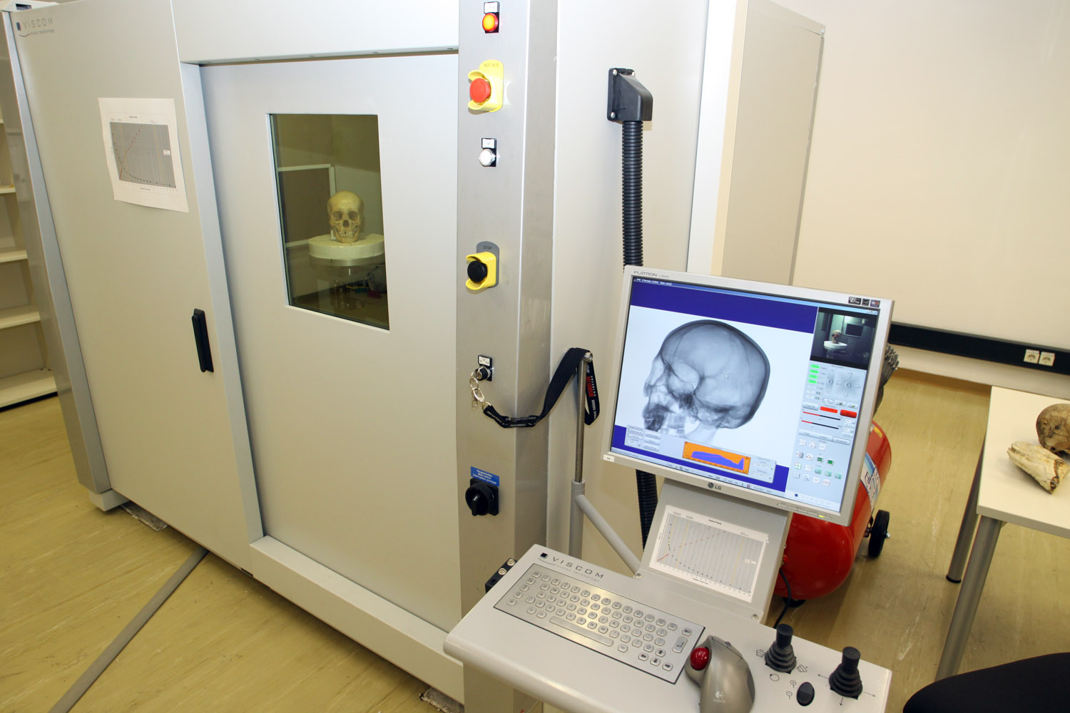 µCT scanner at the Vienna Micro CT Lab